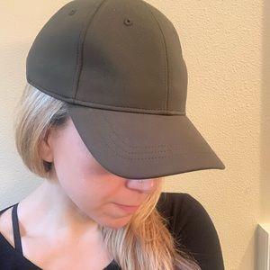 Lululemon olive green adjustable baseball cap